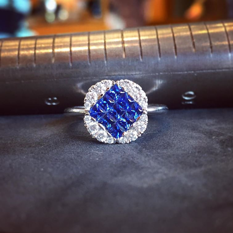 Today is the summer solstice. It the longest day of the year and even though it's a Monday we are ready to dive right in to a fabulous first official day of summer with this pavé sapphire and diamond ring! #happysummersolstice #happymonday #firstdayofsummer #sapphiresanddiamonds #pavering #brombergsjewelry #diveintosummer